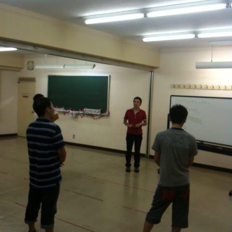第76回野尻学荘の最後のリーダー会はレクリエーションのトレーニングでした