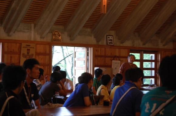 7b9bac49cc7834452a2bc64532967af6 - 第77回野尻学荘 13日目 午後には荘会が行われました