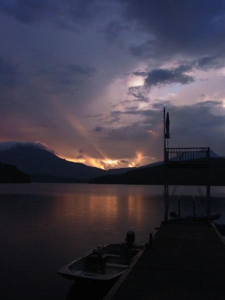 8a2796c7ddf43492166cb5d0cedb756c - 第77回野尻学荘 8日目 大雨の後は夕陽が綺麗でした