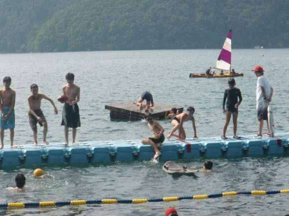 第77回野尻学荘 3日目 午後は水泳日和でした