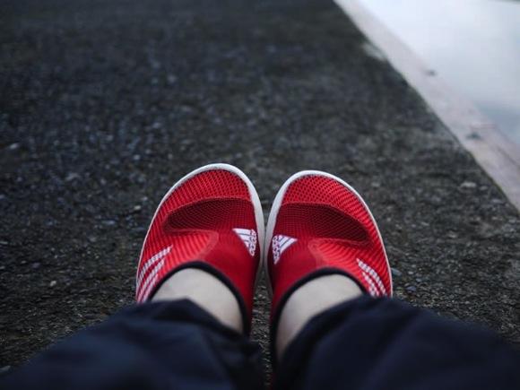 P1080292 - 第78回野尻学荘 水小舎便り 新しい水場用の靴がモテる予感