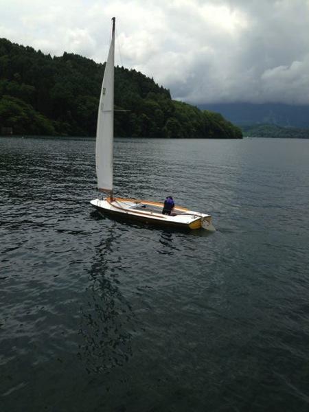 IMG 0232 - 第78回野尻学荘 水小舎便り ヨットの着艇トレーニング
