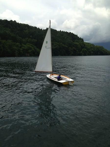 IMG 0233 - 第78回野尻学荘 水小舎便り ヨットの着艇トレーニング
