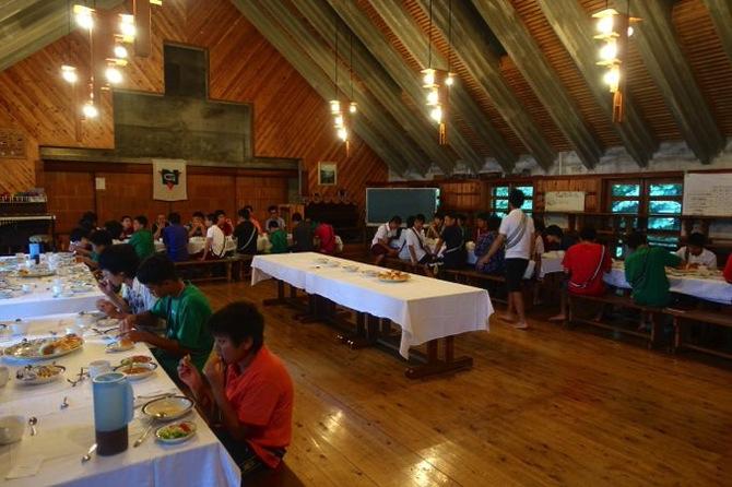 DSC00832 - 今年最後の水場!そして晩餐会が開かれました|第79回野尻学荘13日目