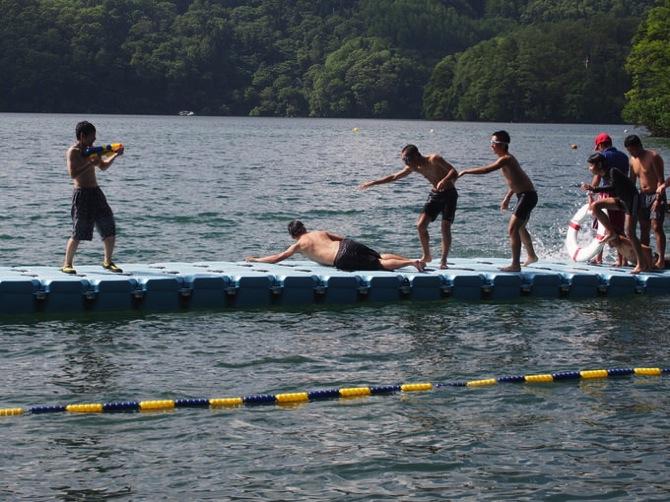 P8190074 - 午後も快晴が続きカッターや水泳をしていました|第79回野尻学荘10日目