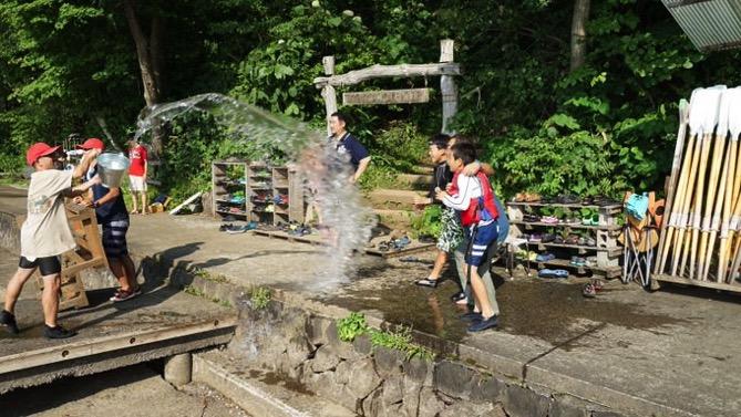 DSC00422 - 午後のフリータイムは水場が大盛況でした|第80回野尻学荘