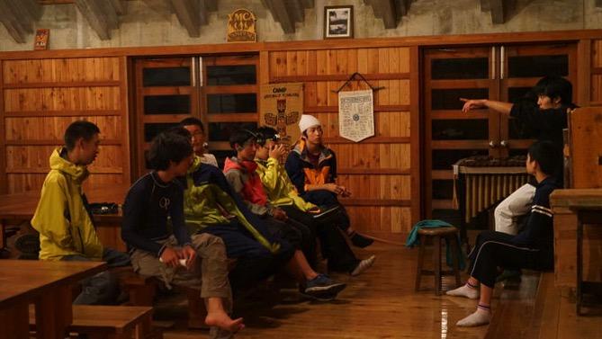 DSC01083 - ドスタ最後の夜は「たぬき狩り」が行われました|第80回野尻学荘12日目