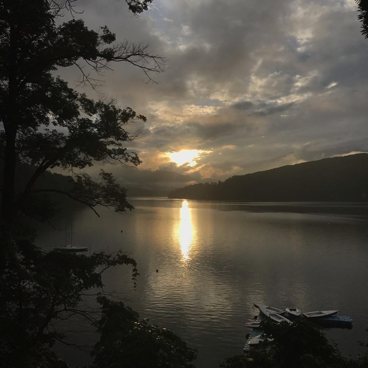 IMG 2868 - 午後は少し天気も良くなりました。夜には夕陽会が行われました。|第82回野尻学荘10日目