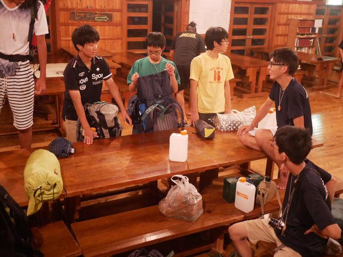 P1010341 - 中高生の掃除の現状を憂いて、小学生のキャビンが立ち上がりました。 第82回野尻学荘5日目