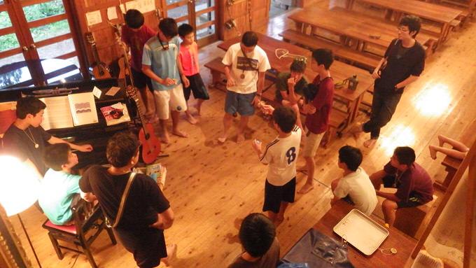 RIMG0070 - 中学生がカッターに挑戦。何やら目的が……?|第82回野尻学荘4日目