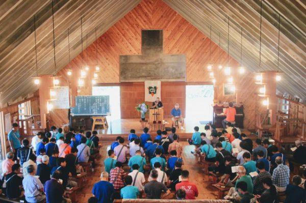 主日礼拝と荘会を行いました。|第84回野尻学荘10日目